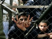 17 أسيرا يواصلون إضرابهم المفتوح عن الطعام رفضا لاعتقالهم الإداري