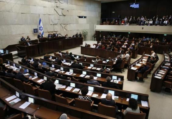 انتهاء حقبة نتنياهو- الكنيست يصادق على تنصيب حكومة بينيت - لبيد