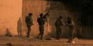 الاحتلال يداهم منزلين في مخيم شعفاط واندلاع مواجهات مع المواطنين
