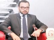 الاحتلال يمنع سفر إيهاب بسيسو لالقاء محاضرة ثقافية في البحرين